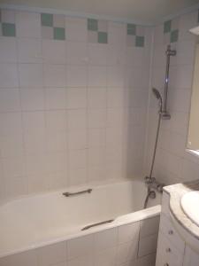 Rénovation baignoire paris avant